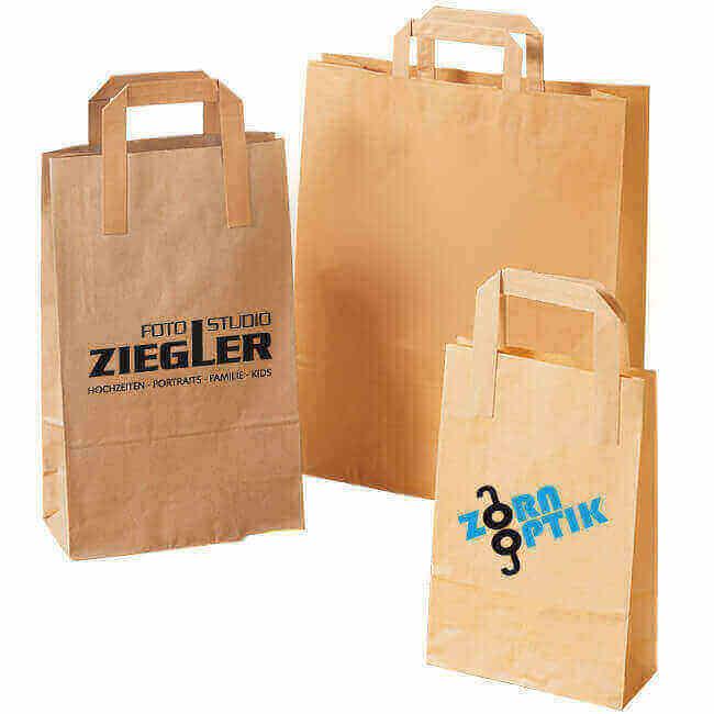 Papiertragetaschen sind praktische Helfer auf Messen.